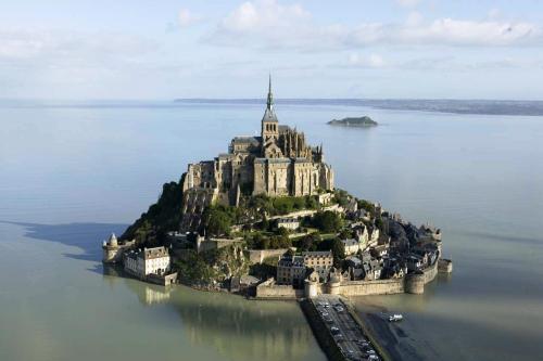 mont-saint-michel_1280x1024.jpg